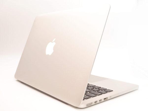 Apple MacBook Pro Retina 13 inch. MF839B/A. 2015. Intel Core i5 2.7 GHz. 8GB. 128GB.