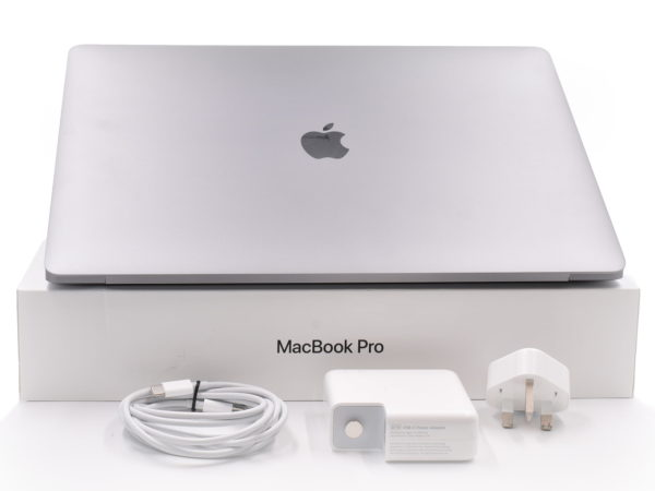 Boxed 2018 Apple MacBook Pro 15″ Touch. Quad Core i7 2.6GHz. 16GB. 512GB. AMD Radeon Pro 560X.