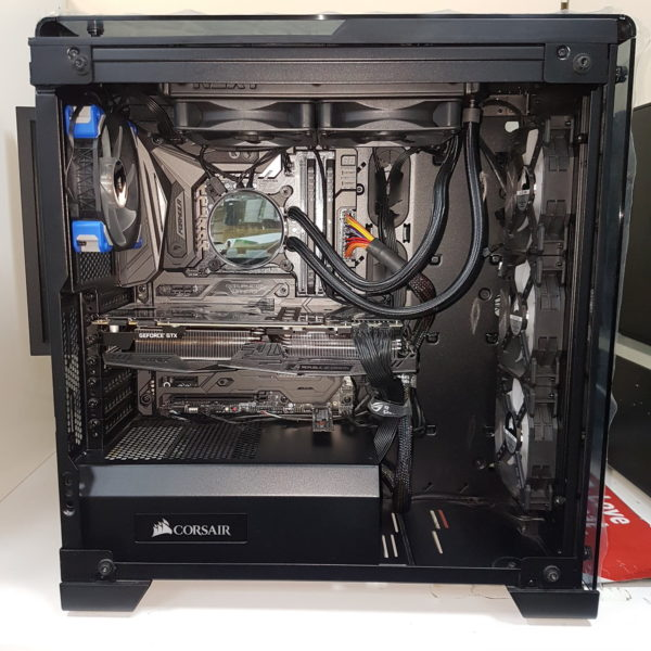 Liquid Cooled Gaming PC. Intel i7-7700K. 32GB DDR4. GTX1080TI